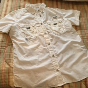 Women's Columbia PFG button down shirt